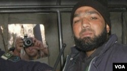 Terdakwa pembunuh gubernur Punjab, Mumtaz Qadri dijatuhi hukuman mati (1/10).