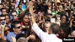 Barack Obama hizo campaña el viernes en Woodbridge, en el estado de Virginia.