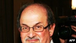 Nhà văn Salman Rushdie