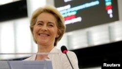 Predsednica Evropske komisije Ursula fon der Lajen, Foto: REUTERS/Vincent Kessler - RC1291631880