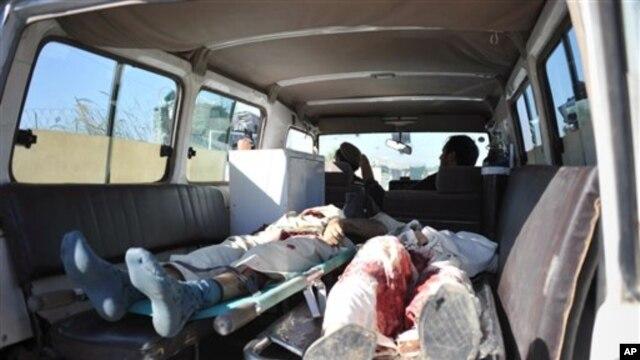 2012년 12월 자살 폭탄 공격이 발생한 아프가니스탄 잘라라바드 현장