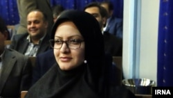 مینو خالقی در ضیافت شام حسن روحانی برای نمایندگان مجلس - آرشیو