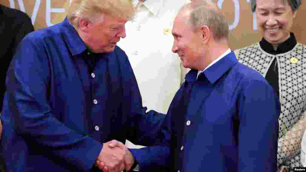 Presidente Trump com o Presidente da Rússia Vladimir Putin.