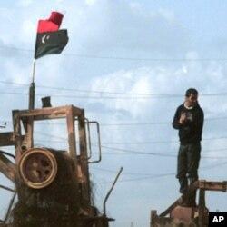 امریکا د لیبیا نظامي عملیاتو کې گډون اعلان کړ