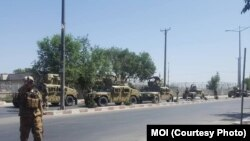 حکام کے مطابق دھماکہ وزارت دفاع کی عمارت کے قریب ہوا۔