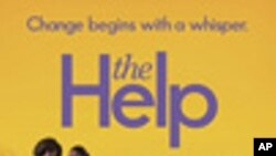 The Help เรื่องการต่อสู้เพื่อสิทธิพลเมืองของสตรีผิวดำสลับตำแหน่งกับ Rise of the Planet of the Apes เข้าครองที่หนึ่งและสอง