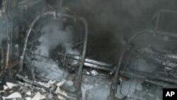 بس اور آئل ٹینکر میں تصادم، 32 ہلاک