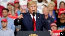 Predsednik Tramp obraća se pristalicama na Floridi, gde je objavio kandidaturu za drugi mandat, 18. juna 2019. u Orlandu.