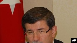 Turkish Foreign Minister Ahmet Davutoglu (file photo)