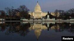 Здание Конгресса США в Вашингтоне (архивное фото)