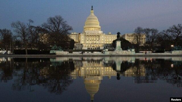 Sekelompok senator Amerika dari kedua kubu partai siap untuk mengungkapkan reformasi terkait sistem imigrasi Amerika, Senin 28 Januari 2013 (Foto: dok).