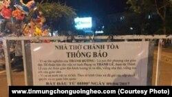 Thông báo hạn chế khách du lịch của Nhà thờ Đá Nha Trang có hiệu lực từ 9/4. (www.tinmungchonguoingheo.com)