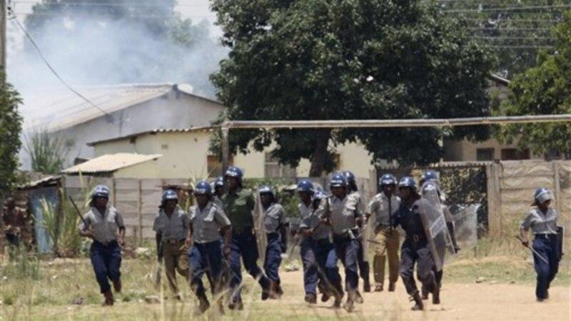 La police tue deux personnes dans des incidents avec des taxis bus au Zimbabwe