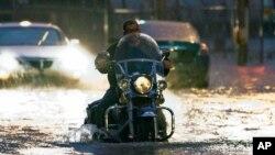 Une rue inondée d'Oklahoma City