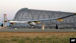 Moffett Airfield, California, 3. svibnja 2013.