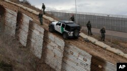 美国加利福尼亚州一个与墨西哥交界处