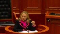 Hillary Clinton ne Tirane