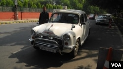 The Ambassador was the car favored by officials until a decade ago. (VOA/Anjana Pasricha)