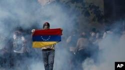 Protestos deixaram três mortos na quarta-feira