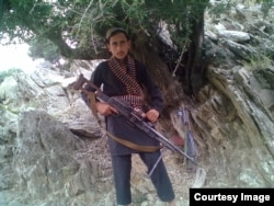 Bakht e Ali, the older of the two brothers, who were both child soldiers trained by IS.