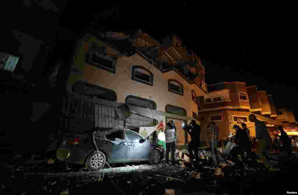 """""""İslami Cihad"""" qrupunun komandiri Baha Əbu Əl-Attanın öldürüldüyü ev"""