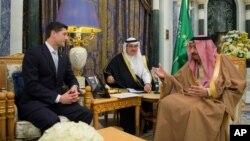 دیدار پل رایان رئیس مجلس نمایندگان ایالات متحده با ملک سلمان پادشاه عربستان سعودی در ریاض - ۴ بهمن ۱۳۹۶