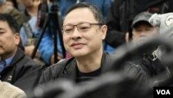 香港大學法律系副教授、和平佔中發起人戴耀廷 (美國之音特約記者 湯惠芸拍攝 )