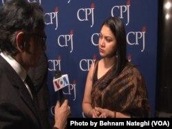 نها دیکشیت، روزنامهنگار مستقل هندی