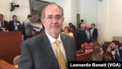Miguel Henrique Otero, director del diario venezolano El Nacional, advierte que el gobierno de Venezuela tiene los días contados.