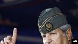 Либиските бунтовници се реорганизираат