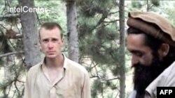 Боу Бергдал на кадрах видеозаписи Талибан