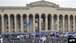 Найдут ли в Тбилиси общий язык президент и оппозиция?
