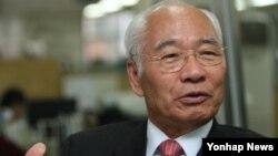 '고아에서 미국 주상원의원으로' 신호범 (1)