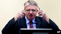 Vojislav Šešelj u sudnici Haškog tribunala, 6.mart 2009