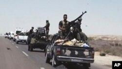 Iračke snage blizu Faludže (arhivski snimak)
