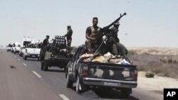 伊拉克军队准备对费卢杰的伊斯兰国阵地发动攻击。