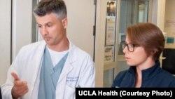 dr Igor Barjaktarević, specijalista pulomlogije i intenzivne nege na Univerzitetu Kalifornije u Los Anđelesu (Foto: UCLA Health)