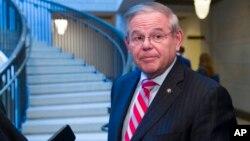參議院外交關係委員會首席民主黨成員、來自新澤西州的鮑勃•梅嫩德斯資料照。