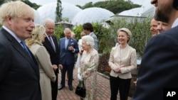 Mbretëresha bisedon me Presidentin Joe Biden dhe Zonjën e Parë Jill Biden