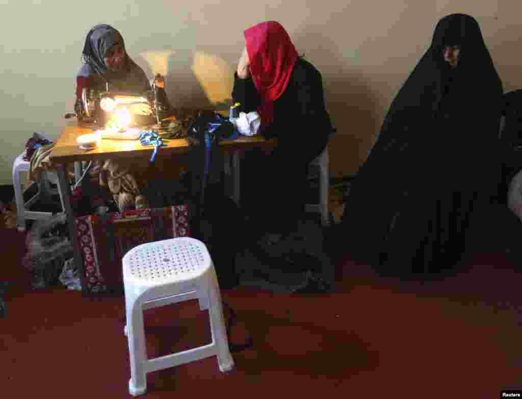 جیل میں قید خواتین کو شدید سردی سے محفوظ رکھنے کے لیے درجہ حرارت کو بھی معتدل رکھا جاتا ہے۔