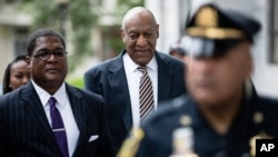 Bill Cosby arrives for his sexual assault trial at the Montgomery County Courthouse in Norristown, Pennsylvania, June 5, 2017.