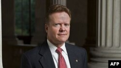 Thượng Nghị sĩ Webb nói theo những thông tin mà văn phòng ông có được thì các cuộc thảo luận giữa USAID và chính phủ VN cho thấy quân nhân VNCH không được VN tính là quân nhân mất tích và vì vậy không được đưa vào dự án