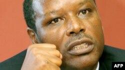 Pierre Buyoya à Durban le 19 novembre 2003.