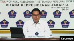 Juru Bicara Satgas Penanganan Covid-19 Prof Wiku Adisasmito dalam telekonferensi pers di Istana Kepresidenan, Jakarta , Selasa (12/1). (Foto: Biro Setpres)