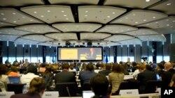 اشتراک کنندگان نشست بروکسل ۴٠۴ میلیارد دالر برای مساعدت با سوریه و کشورهای همجوار آن تعهد کردند