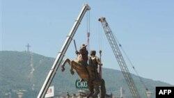 Greqia kritikon Maqedoninë për ndërtimin e një statuje të Aleksandrit të Madh