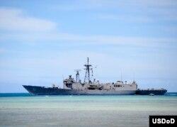 停泊在珍珠港的美国海军盖瑞号导弹护卫舰。(2014年7月9日)