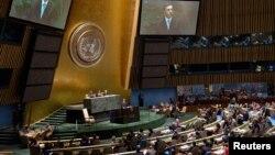 ARHIVA - Predsjednik Crne Gore Filip Vujanović govori na sjednici Ujedinjenih nacija na kojoj je Crna Gora primljena kao 192. članica svjetske organizacije (Foto: Rojters/Chip East)