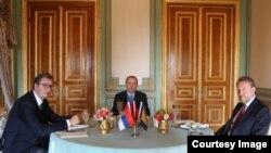 Sastanak Recepa Tayyipa Erdoğana sa Aleksandrom Vučićem i Bakirom Izetbegovićem. (Fotografija prezueta sa stranice Ured predsjednika Srbije.)