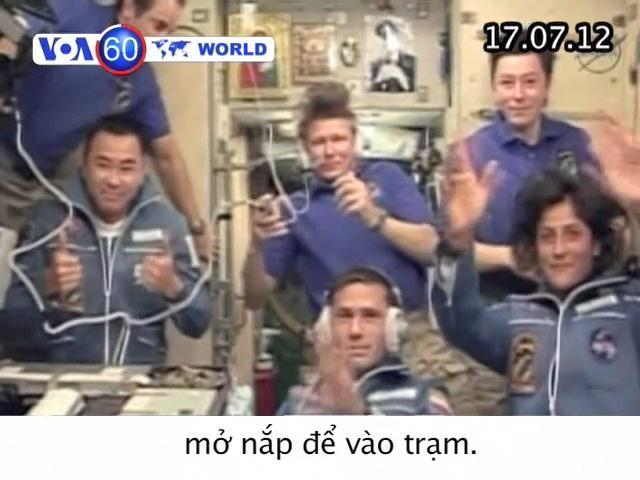 VOA60 Thế Giới 17/07/2012